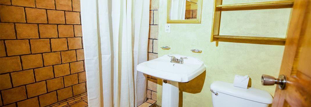 El Sano Banano Village Hotel Room bath and shower
